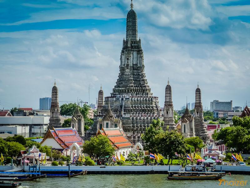 den-Wat-Arun-bangkok