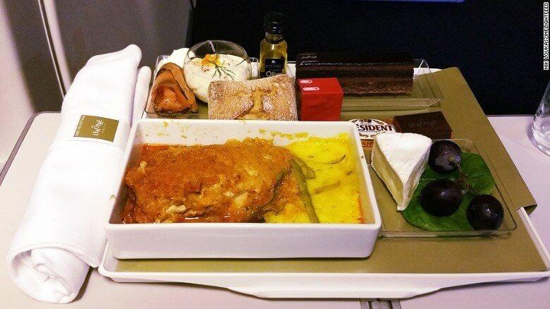 bữa ăn trên máy bay