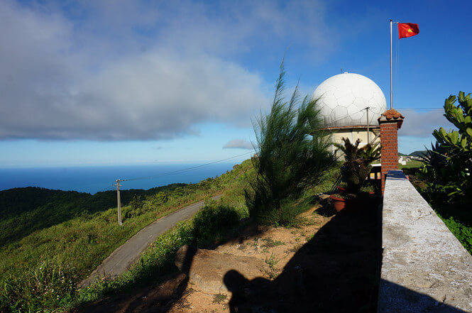 Một góc bán đảo Sơn Trà (Đà Nẵng) nhìn từ Trạm ra đa Sơn Trà